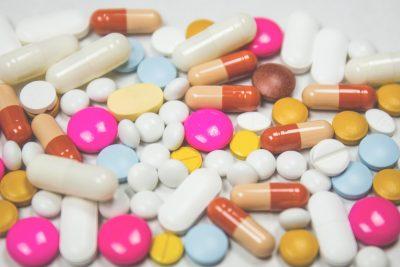 Epidemia di morti dovuta all'abuso di farmaci: L'America si affida alla Chiropratica