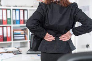 Circa l'80% della popolazione soffre di lombalgie e dolori cervicali dovuti alla postura, la chiropratica può restituirci il benessere.